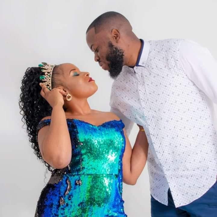 13 habits of happy couples